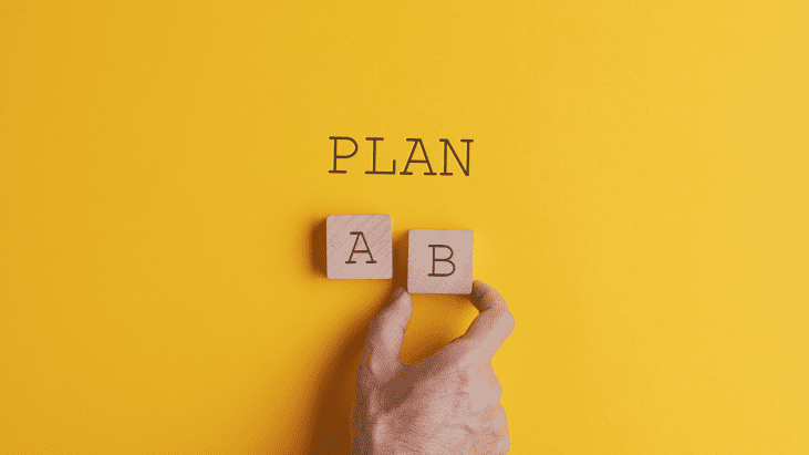 plan A ou plan b sur fond jaune